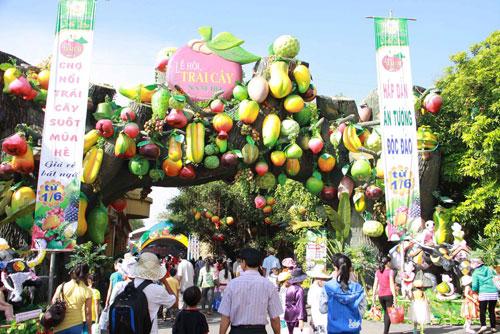 Southern-Fruit-Festival-2014