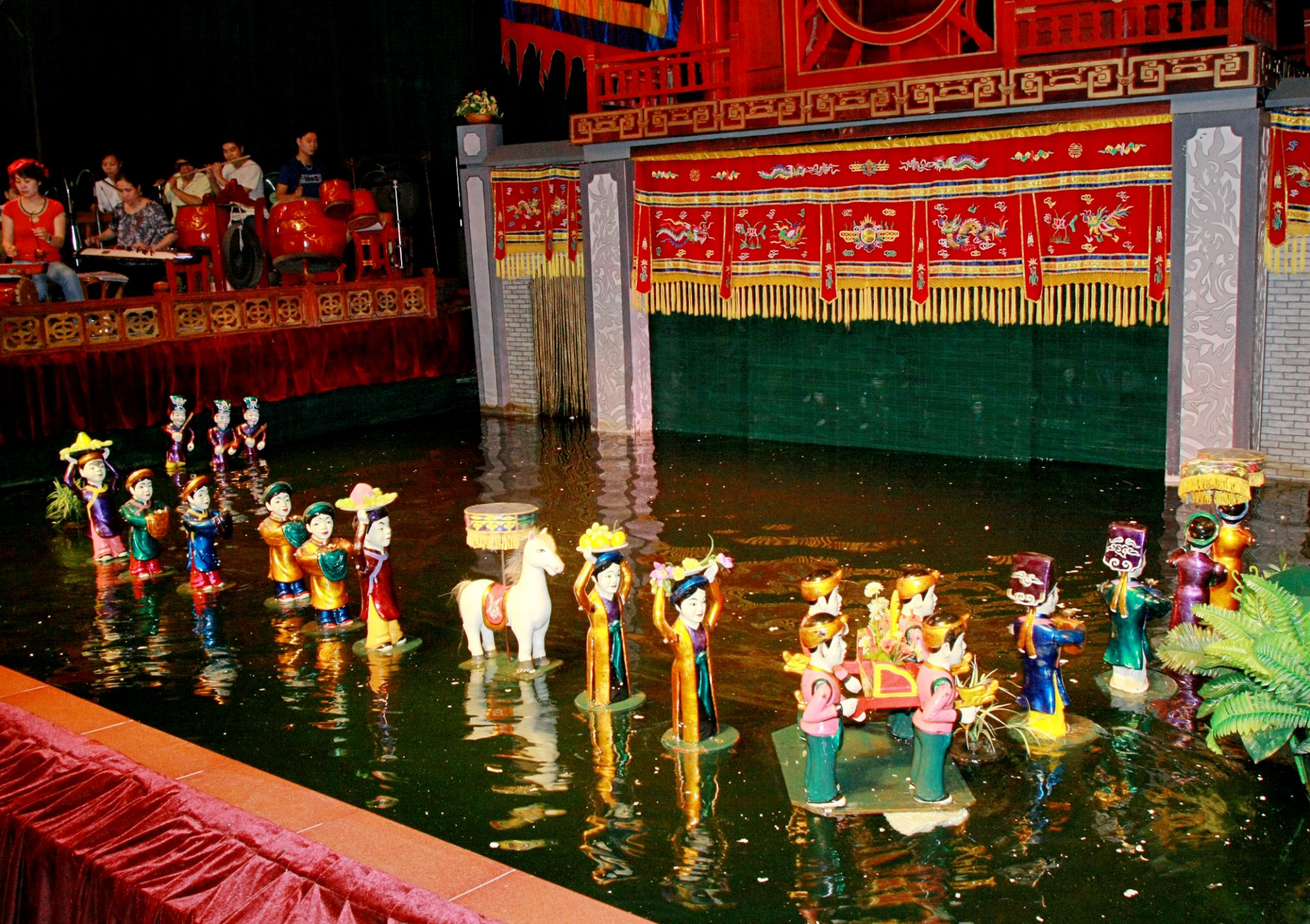 Water Puppet Show, 5 great things you should do in Hanoi capital