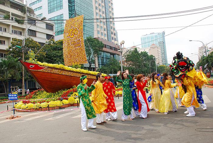 Five Reasons To Visit Vietnam