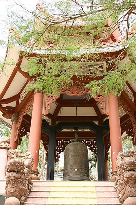 Long Son Pagoda in Nha Trang