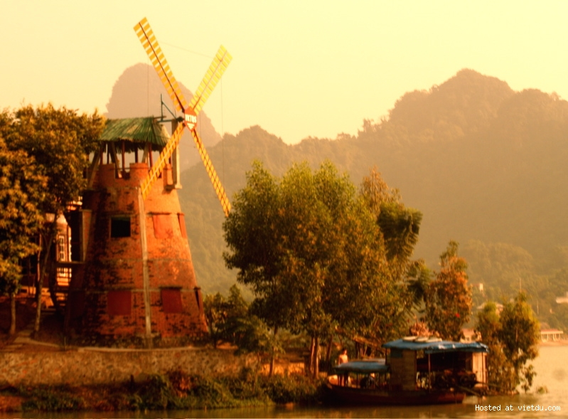 Thung Nai in Hoa Binh