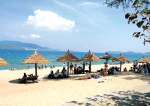 Bai Chay Beach (Quang Ninh)