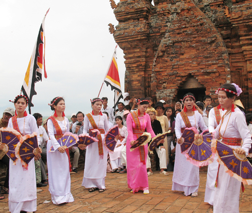Visiting Ninh Thuan to explore Champa cultures